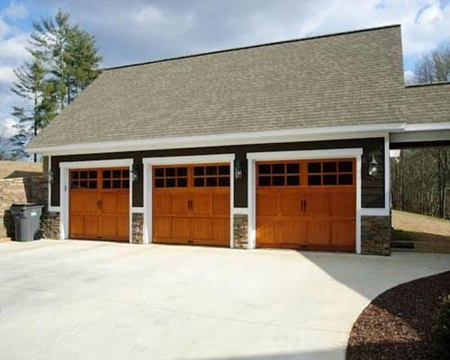 Three car garage Triple car garage house plans